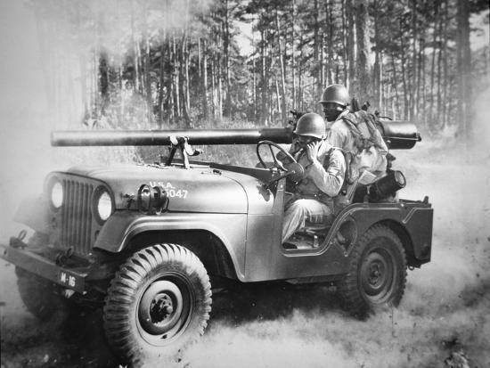 GLX Mod/èle De Voiture en Alliage Moul/é sous Pression Willys Military Tactics 1:18 Jeep Ouverture Camion Panneaux Hood Reveal Le Cadeau D/écoration Moteur